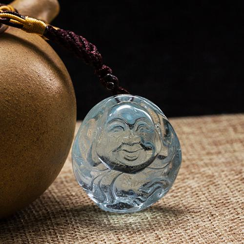 Natural aquamarine carved pieces Buddha-shaped pendant