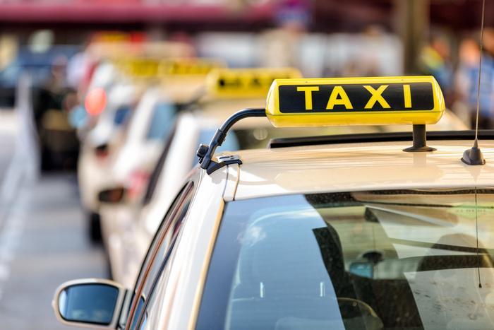 Taxifahrten - null