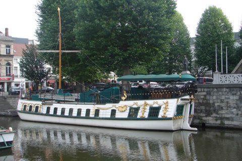 Boat Trip Ghent: river cruise 'De Gentse Barge' - Services