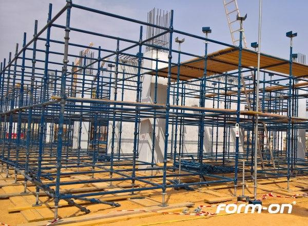 Load-bearing systems used - Cup-lock scaffolding system