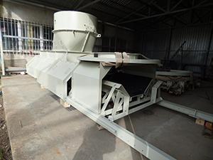 Conveyor belt -