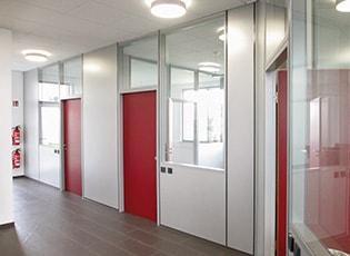 Trennwandsysteme und Kabinen - Flexible Trennwände und individuelle Kabinen für einen innovativen Innenausbau