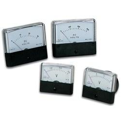 VOLTMETRE ANALOGIQUE DE TABLEAU 30V CC / 60 x 47mm (AVM6030) - null