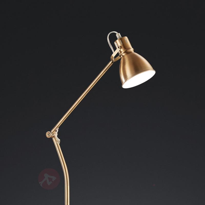 Lampadaire Keali en laiton ancien - Tous les lampadaires