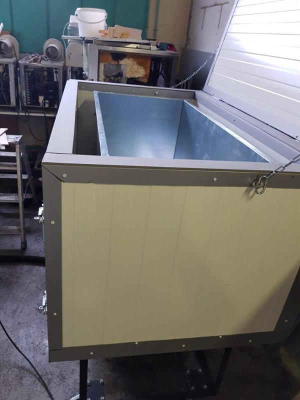 Machines à faire des blocs de glace transparents -