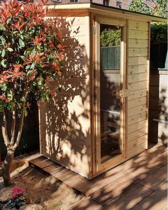Saunas de exterior - Tres acabados diferentes: blanco, natural y rústico