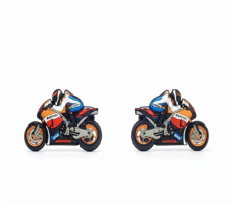 cl usb moto de sport 4 go 63828 e dkado france. Black Bedroom Furniture Sets. Home Design Ideas