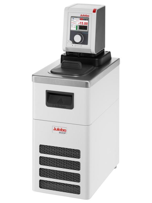 DYNEO DD-200F Refrigerated/Heating Circulator - Refrigerated circulators have a wide working temperature range.