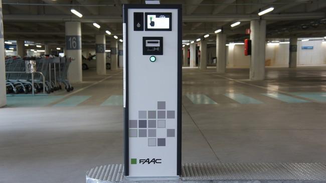 ParQube parkeerautomaten - Parkeerbeheersystemen