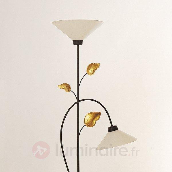 Sympathique lampadaire TRE FOGLIE, variat. d'int. - Lampadaires rustiques