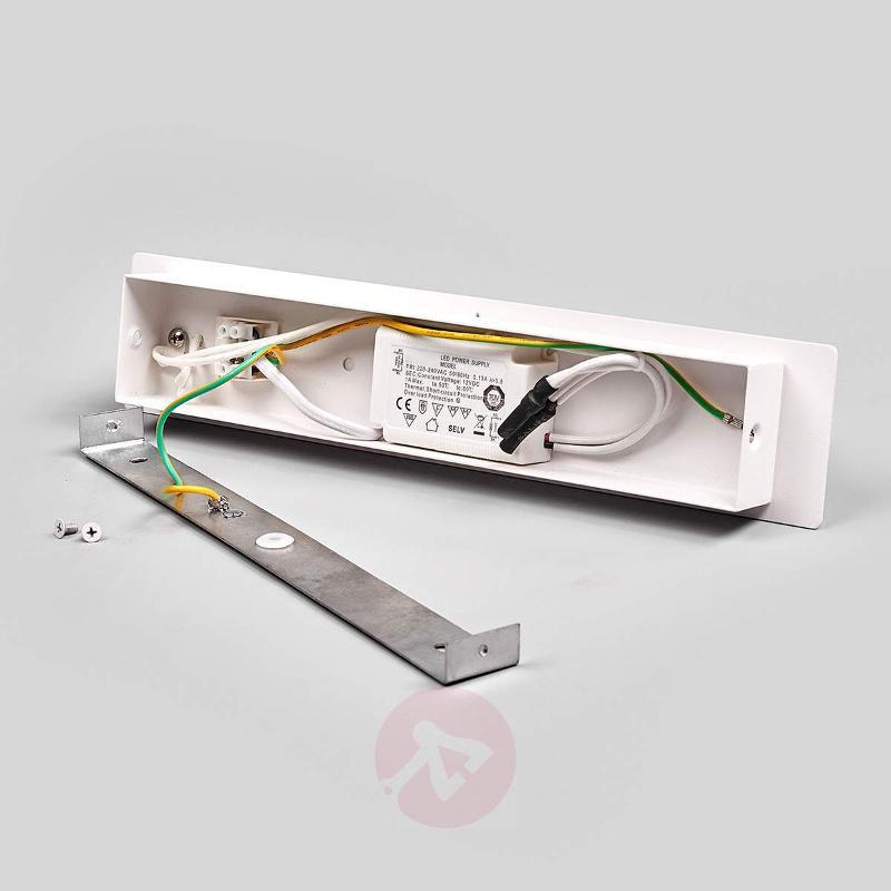 Semicircular LED wall lamp Tyla - Wall Lights