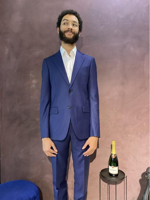 Made to Measure or Bespoke Suit for a man 195cm long - High end quality - Blue Made to Measure or Bespoke Suit - Super 130