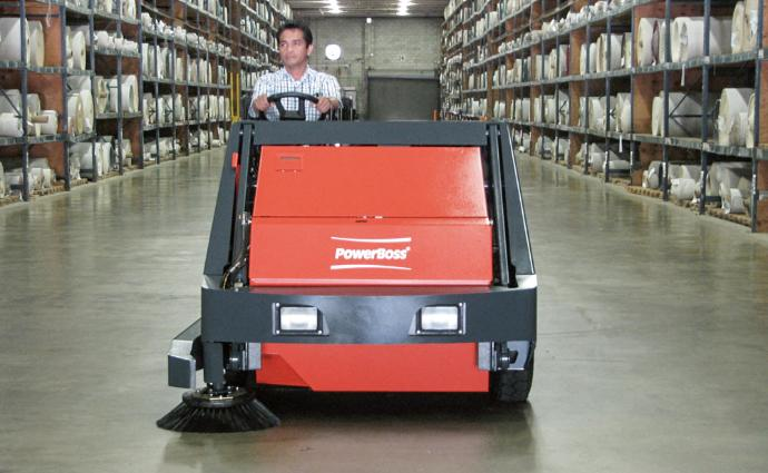 Powerboss Armadillo 9xr - Ride-on vacuum sweeper for large to very large areas