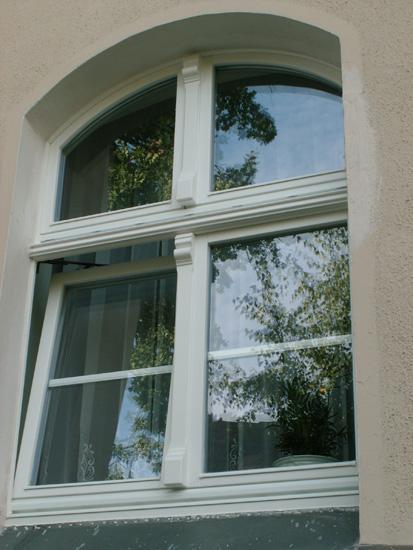 VINTAGE WINDOWS - Windows