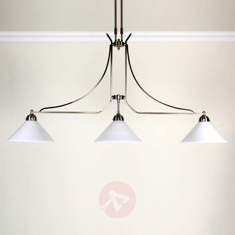 Ilse three-bulb hanging light made of brass - design-hotel-lighting