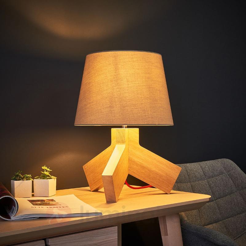 Avec un câble rouge - lampe à poser en bois Tilda - Lampes à poser en bois