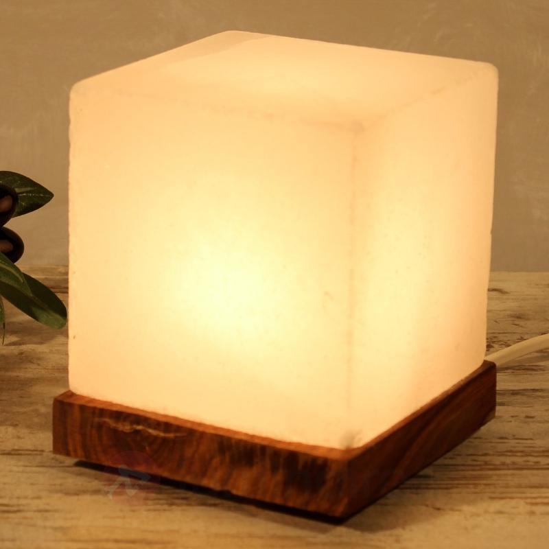 Captivante lampe à poser KUBUS WHITE LINE - Lampes de sel
