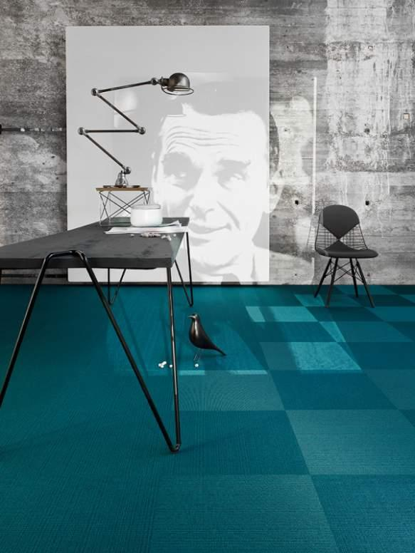 Web Code 400 - Tile - A vibrant interplay between visible and invisible striped styling.
