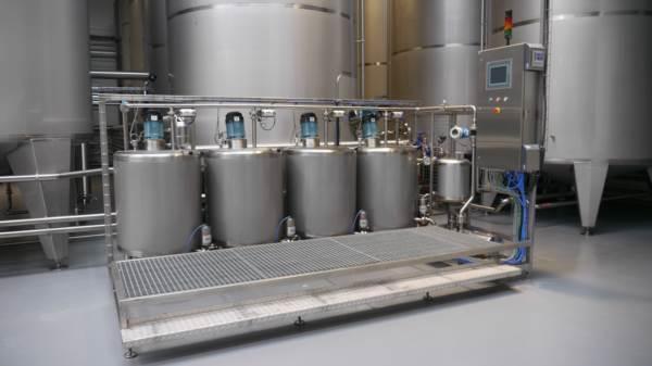Stacja przygotowania środków klarujących - jest w pełni zautomatyzowanym i kompaktowym urządzeniem z systemem wizualizacji