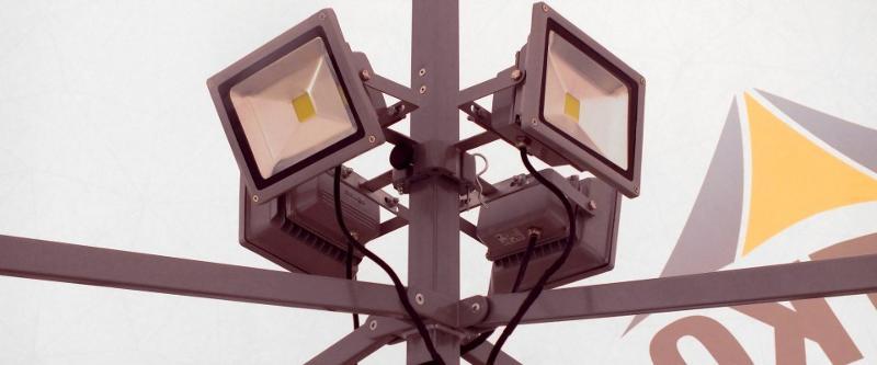 Luminaire de mât - Accessoires pour tentes pliantes proSZC et proSZP