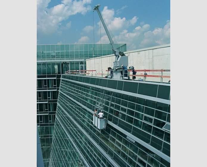 GEDA Façade Hoists - GEDA Façade Hoists - Building Maintenance Units