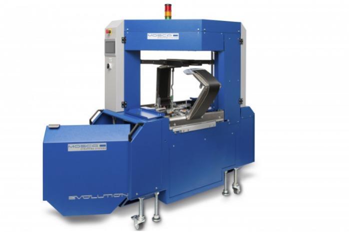 Evolution SoniXs TRI- 6 Pro - Máquina de flejado en línea totalmente automática de alta gama