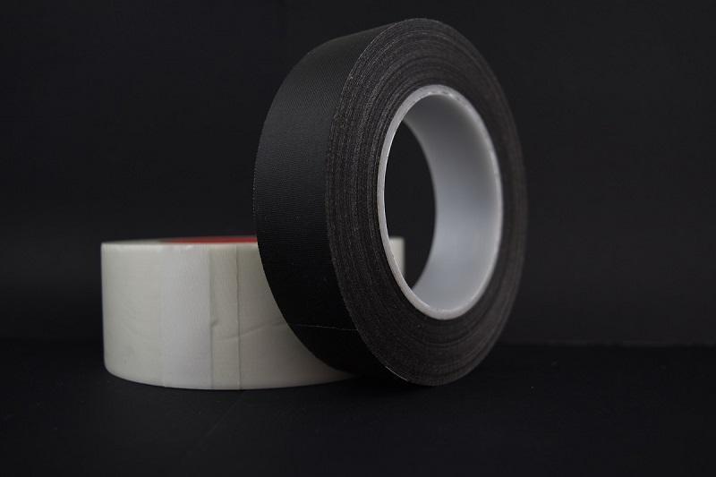 Nastri adesivi dielettrici - Autoagglomeranti in silicone per isolamento parti terminali cavi sui morsett