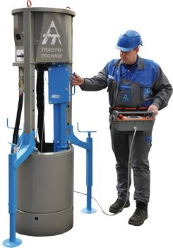 Mini fluid-assisted drill rig - Pipe installation