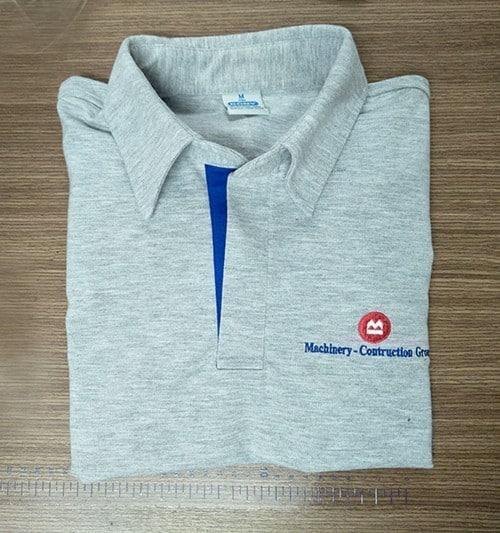 T-shirt with shirt neck T63 - T-Shirt