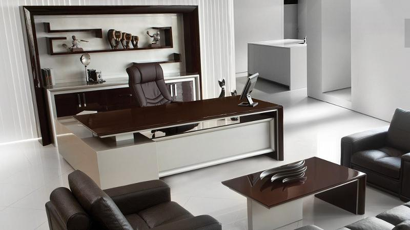 Felipe - VIP Executive Tables