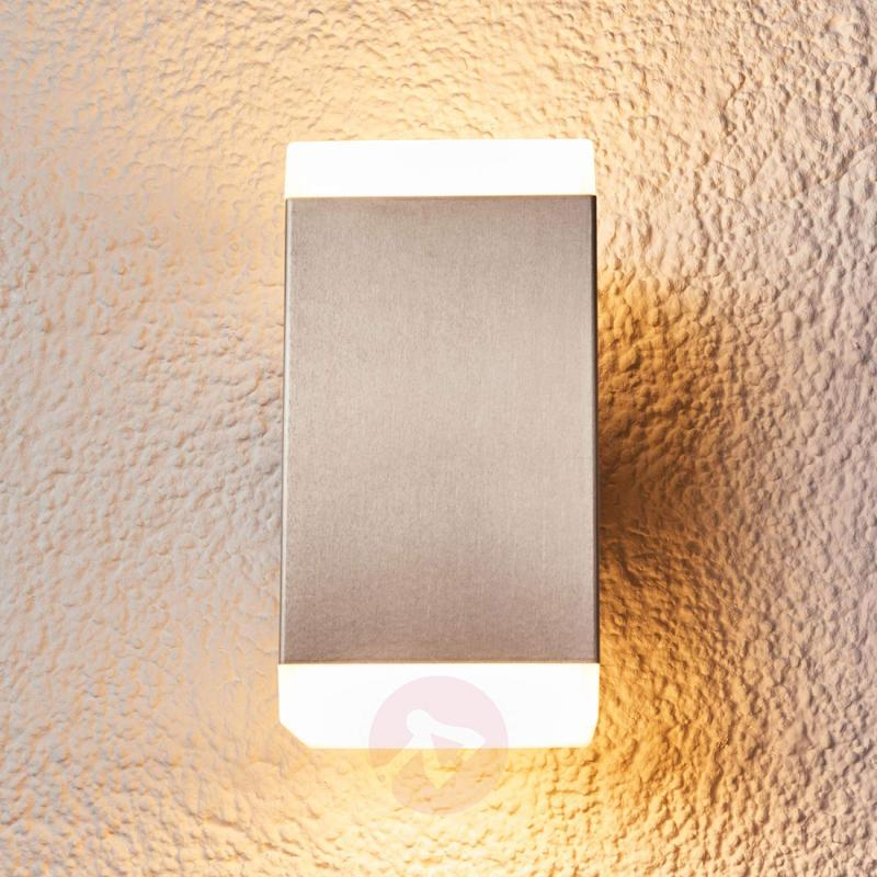 Hedda modern stainless steel LED outdoor wall lamp - outdoor-led-lights