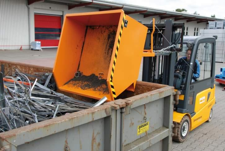 Swarf container type SGU, forklift truck attachment - Container specially designed to separate liquids from solids and collect them