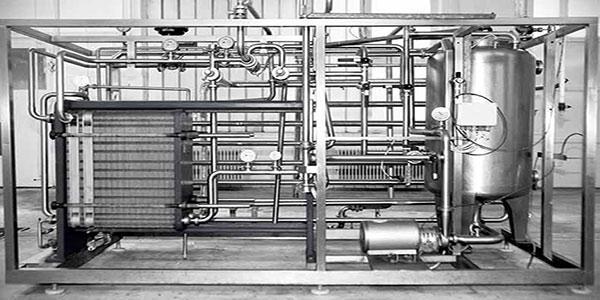 Pastorizzatori  - Ingegneria Alimentare SRL - Pastorizzatore a piastre, per latte alimentare UHT, Yogurt e latte industriale.