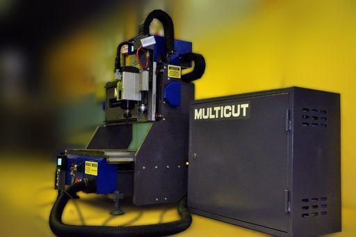 Настольный гравировальный станок MULTICUT 500-0609-1,5S - мобильный гравер с ЧПУ с усиленной рамой
