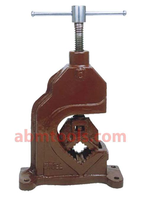 Pipe Vice Open Type Replaceable Jaws - Ideal vice for plumbers.