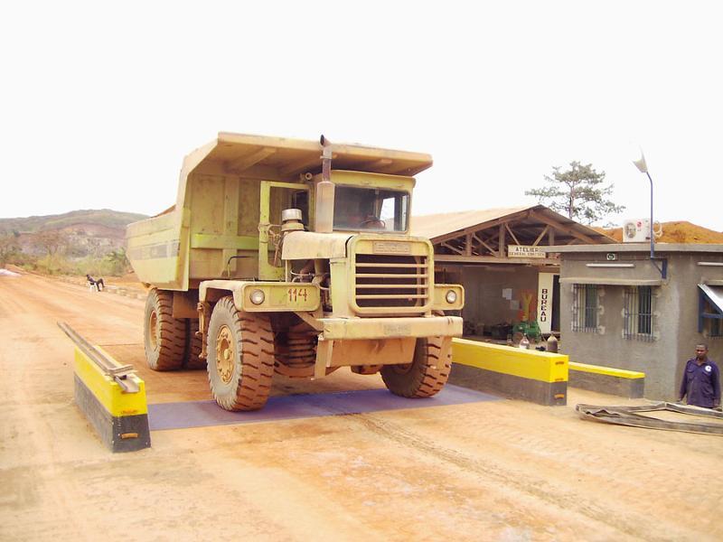 Pont bascule camion hors sol démontable - null
