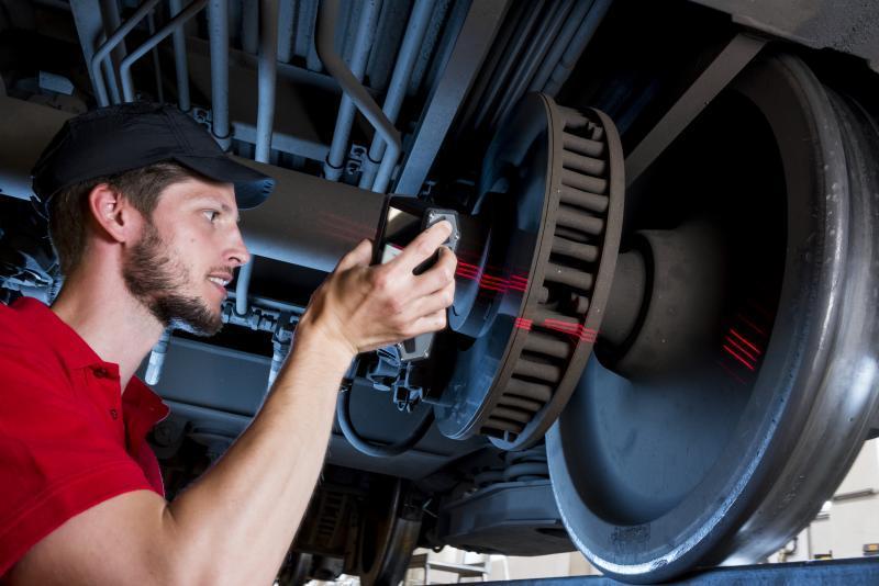 Wheel profile gauge CALIPRI C41/C42 - Optical profile measurement systems for wheelset wear inspection