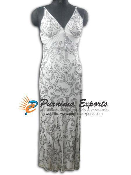 Longue robe de soirée - Robe de soirée blanche brodée à la main