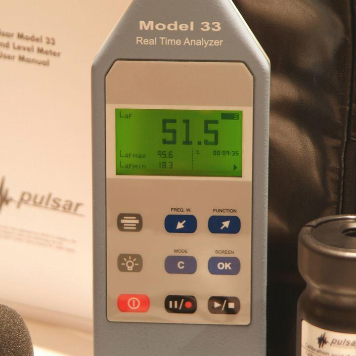 Sound Level Meters - Noise Frequency Real Time Analyser Model 33