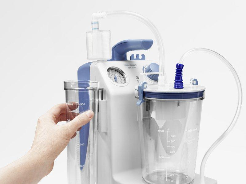 Vario 18 multi-purpose, portable suction pump - For hospitals and clinics, and use at home