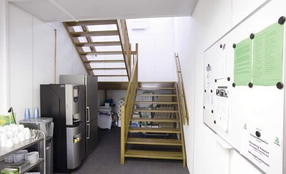 Escalier pour bureau préfabriqué - null