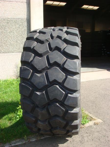 Truck tyres - REF. 775/65R29.TRI.59/