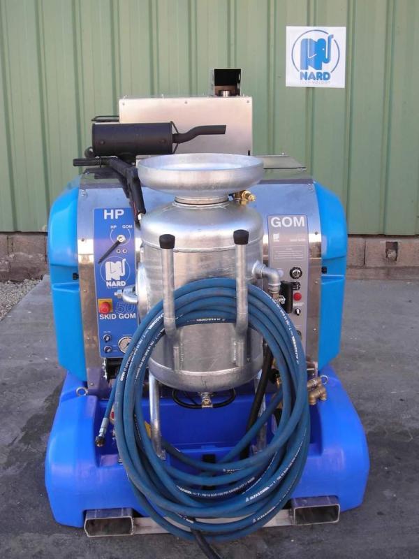 Machine de gommage des graffiti - SKID GOM 50 HP