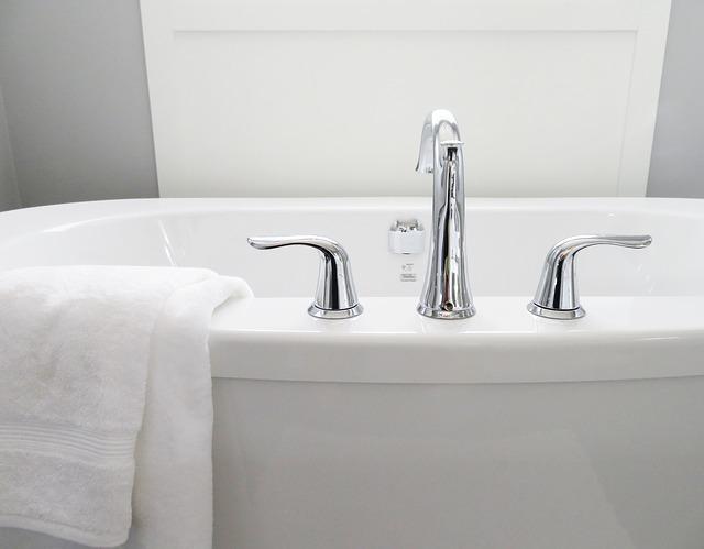 Repuestos de cuartos de baño - Accesorios y herrajes