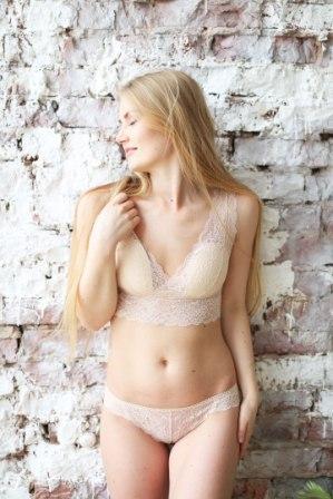 Женское нижнее белье и домашняя одежда из хлопка