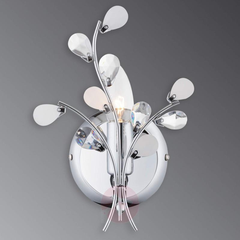 Delicate wall light Yunai - indoor-lighting