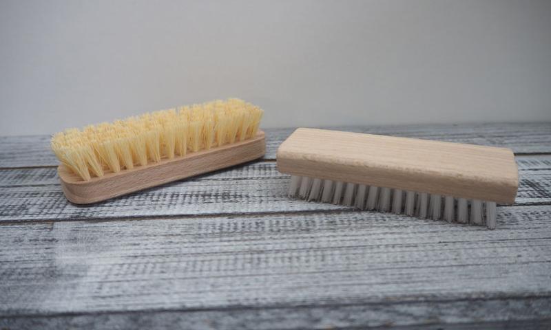 Massage brush to nail brush - Personal hygiene