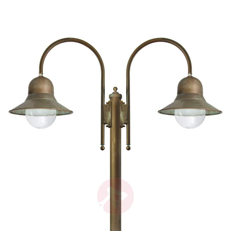 2-bulb post light Felizia, antique brass - Pole Lights