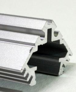 PROFILE ALUMINIUM LED D'ANGLE - Profilé aluminium d'angle pour ruban LED