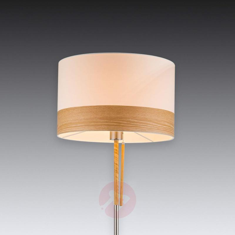 With pull switch - floor lamp Libba, cream & wood - indoor-lighting